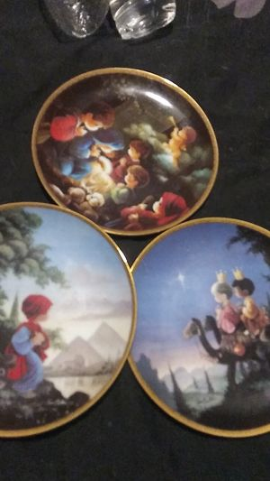 Precious moments Bible Story plate collection for Sale in Morrisville, PA