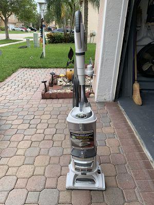 Shark vacuum cleaner for Sale in Pembroke Pines, FL