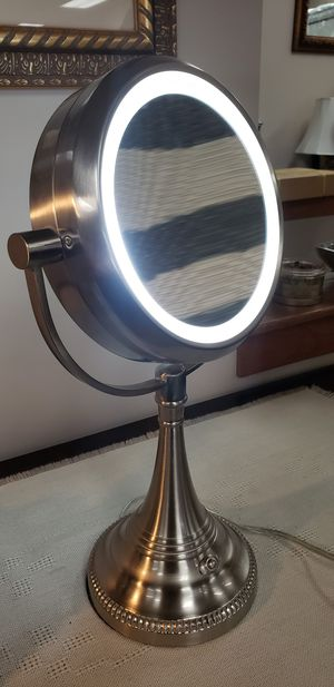 Lighted Makeup Mirror - Cool LED Lighting - Magnification -Illuminated Tabletop Vanity Mirror - for Sale in Park Ridge, IL