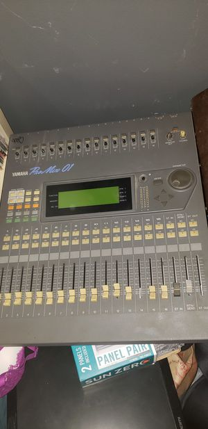 Yamaha ProMix 01 16 Channel Digital Mixer for Sale in Los Angeles, CA