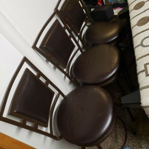 3 Kitchen Island Stools In Browen Leather for Sale in Toms River, NJ