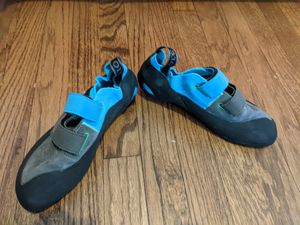 5.10 Rogue Climbing Shoes for Sale in Chicago, IL