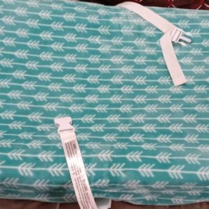 Changing Pad With Cover for Sale in Philadelphia, PA