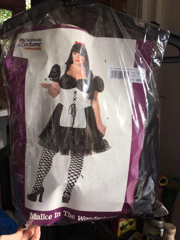 Gothic Malice in Wonderland Halloween Costume
