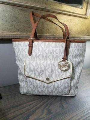 Michael Kors Large Handbag Tote Purse for Sale in Jackson Township, NJ