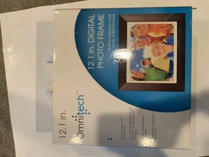 Omnitech 12 in. Digital frame for Sale in Royersford, PA