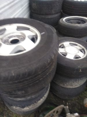 5 lug 15size 12 rim and tire for Sale in US