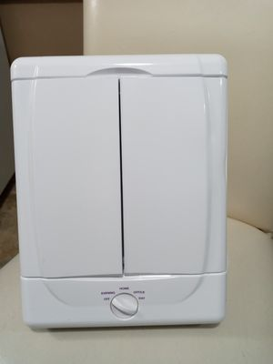 CONAIR PORTABLE MAKE-UP VANITY WITH LIGHTS for Sale in Covington, KY