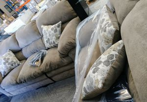 Loveseat and Sofa Set (including pillows) for Sale in Dallas, TX