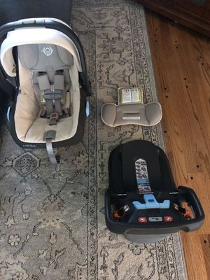 UPPAbaby MESA Infant Car Seat, Lindsey (Wheat) for Sale in Naperville, IL