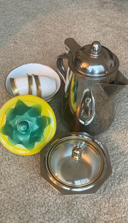 Coffee pot and cups for Sale in Fairfax,  VA