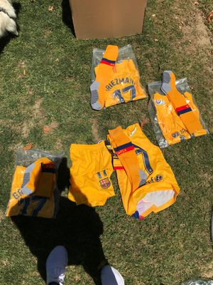 Barcelona soccer fit for Sale in Bakersfield, CA