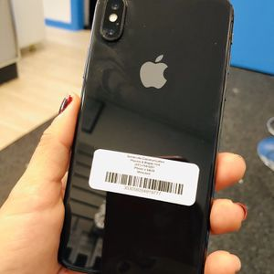 Factory unlocked iPhone x 64 gb, excellent conditions store warranty for Sale in Cambridge, MA