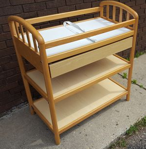 Changing Table with Drawer for Sale in Farmington Hills, MI