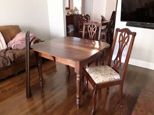 Antique table and 4 chairs for Sale in Dallas, TX