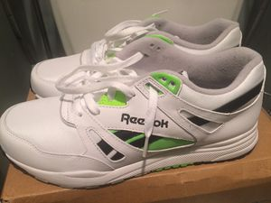 REEBOK VENTILATOR POP - 9.5 for Sale in Silver Spring, MD