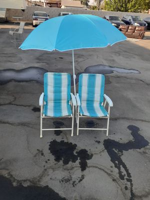 Chairs and umbrella for Sale in Fresno, CA