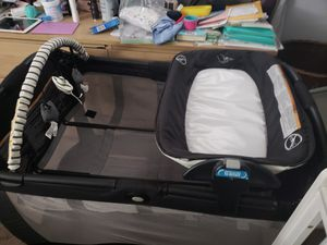 Graco Pack N Play Reversible Napper and Changer LX for Sale in Harrison, NY