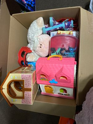 Box full of toys for Sale in East Los Angeles, CA