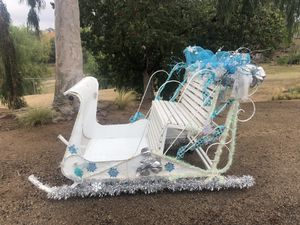 Christmas sleigh/photo prop/Christmas party/Frozen party for Sale in Riverside, CA