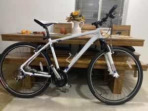 RALEIGH Hybrid (Road and trail bike) (lightweight) for Sale in Bellevue, WA