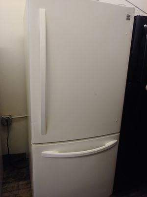 Kenmore beige bottom mount refrigerator for Sale in Cleveland, OH