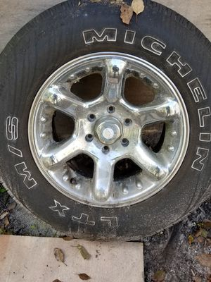 Chevy 6 lugs rims and tires for Sale in Orange City, FL