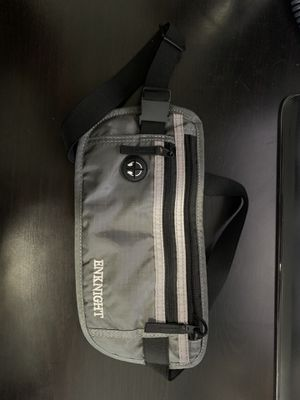 Fanny pack for Sale in Los Angeles, CA