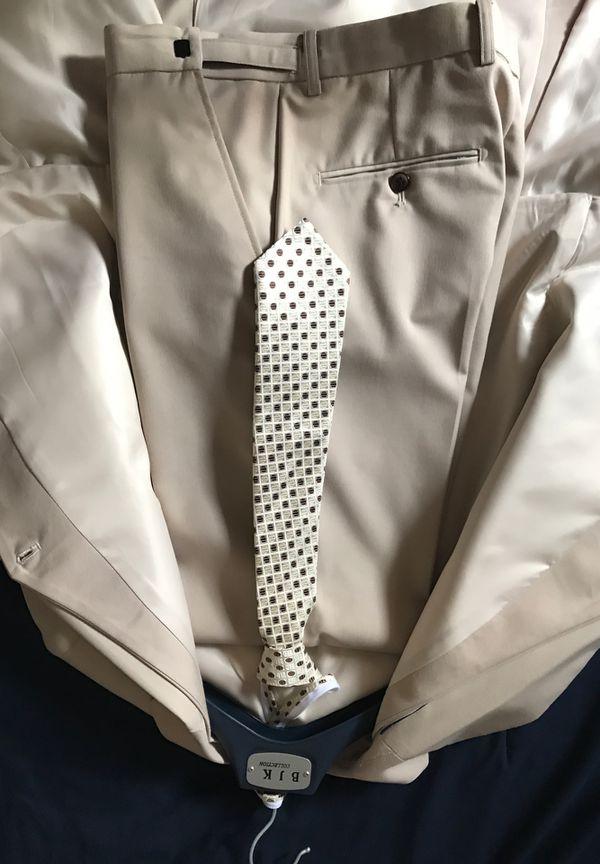 BJK Collection Khaki/Beige suit Size 16
