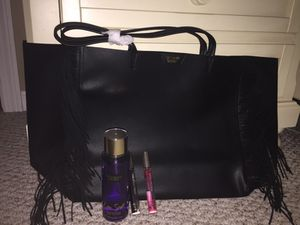 VS black tote with body spray/perfume (brand new with tags) for Sale in Stoughton, MA