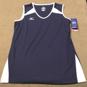 Women's Black and White Medium Volleyball Jersey for Sale in Sioux Falls, SD