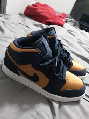 Jordan 1 Size 6y for Sale in Chesapeake, VA
