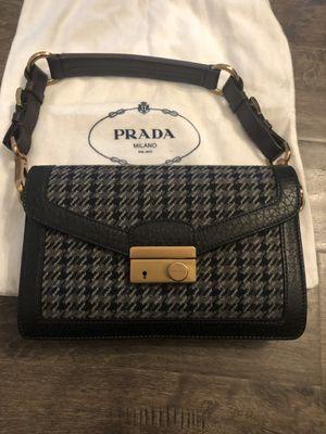Prada Handbag Shoulder Bag for Sale in El Monte, CA