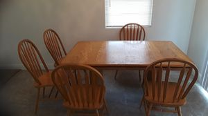 Need gone today Kitchen table with 5 chair heavy good table for Sale in Delano, CA