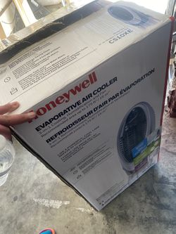 Cooling Humidifier Fan for Sale in Victorville,  CA