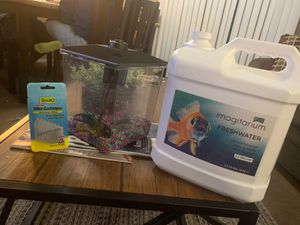 Fish tank 1.5 gallons for Sale in Pittsburg, CA