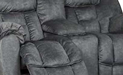 Reclining Loveseat With Console for Sale in Portland,  OR