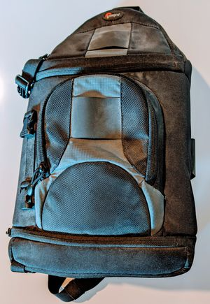Lowepro Slingshot DSLR Camera Bag for Sale in Concord, CA