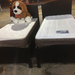 Black Twin Size Bed Frame With Box And Mattress Good Condition for Sale in Orosi, CA