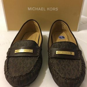 New Authentic Michael Kors Size 8.5 for Sale in Long Beach, CA