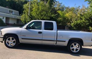 2001 Chevy Silverado Excellent for Sale in Richmond, VA