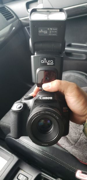 Canon T6 w/ 50mm, 24mm, and 18-55mm for Sale in Virginia Beach, VA