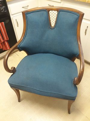 Chair antique good condition cash only for Sale in Los Angeles, CA