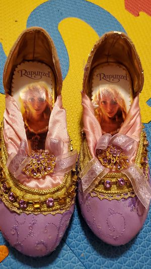 9/10 original, Rapunzel Shoes from Disney Store for Sale in Levittown, NY