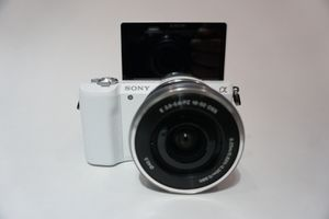Sony A5100 Vlogging Camera with 16-50mm Lens for Sale in Long Beach, CA