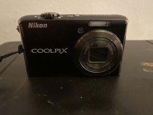 Nikon Digital Camera CoolPix s62 for Sale in Los Angeles, CA