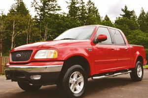 Ford one owner rides well f150 2002 Lariat for Sale in Buffalo, NY