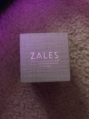Zales Diamond Earrings for Sale in Temple Hills, MD