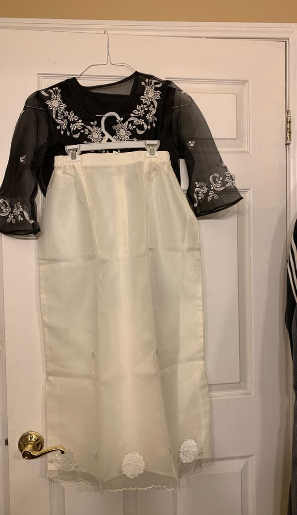 Ladies top with skirt