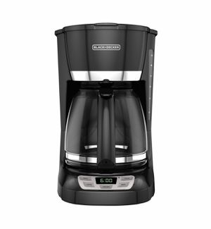 Black and Decker small coffee maker for Sale in Washington, DC